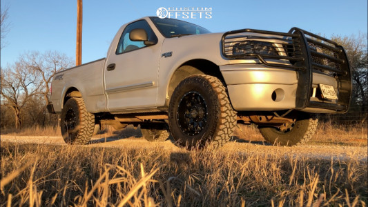 """2004 Ford F-150 Heritage - 17x9 -12mm - Raceline Shift - Stock Suspension - 33"""" x 12.5"""""""