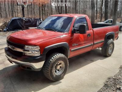 "2002 Chevrolet Silverado 2500 HD - 17x11.5 0mm - 305 Forged Ft101 - Stock Suspension - 32"" x 11.5"""