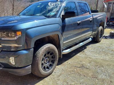 2017 Chevrolet Silverado 1500 - 18x9 18mm - Method Roost - Leveling Kit - 265/65R18