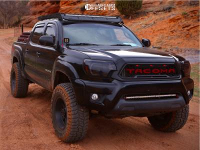 "2012 Toyota Tacoma - 17x9 12mm - Gear Off-road Big Block - Suspension Lift 3"" - 31"" x 10.5"""
