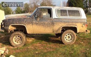 """1984 Chevrolet K5 Blazer - 17x9 -10mm - Mkw Offroad M80 - Suspension Lift 6"""" - 35"""" x 12.5"""""""