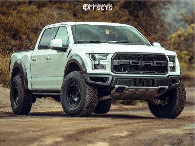 "2018 Ford Raptor - 17x8.5 0mm - Fifteen52 Offroad Traverse Hd - Leveling Kit - 37"" x 12.5"""