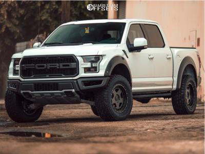 """2018 Ford Raptor - 20x9 18mm - Fifteen52 Offroad Turbomac Hd - Suspension Lift 4"""" - 35"""" x 12.5"""""""