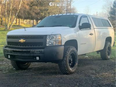 """2013 Chevrolet Silverado 1500 - 17x9 -12mm - TIS 535mb - Suspension Lift 2.5"""" - 285/70R17"""