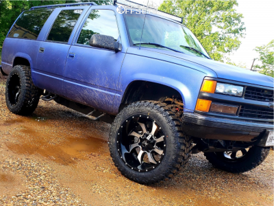 "1999 Chevrolet K1500 Suburban - 22x12 -44mm - Karma Offroad K27 - Stock Suspension - 36"" x 13.5"""