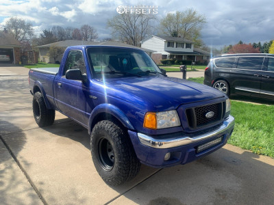 """2004 Ford Ranger - 15x10 -44mm - Pro Comp Series 97 - Stock Suspension - 32"""" x 11.5"""""""