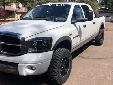 "2006 Dodge Ram 1500 - 18x9 -12mm - Fuel 531 - Stock Suspension - 33"" x 12.5"""