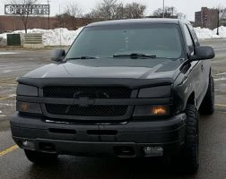 2003 Chevrolet Silverado 1500 - 17x9 -12mm - Raceline Assault - Stock Suspension - 265/70R17