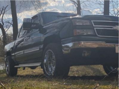 "2006 Chevrolet Silverado 1500 - 20x10 -19mm - Vision Rocker - Suspension Lift 2.5"" - 33"" x 12.5"""