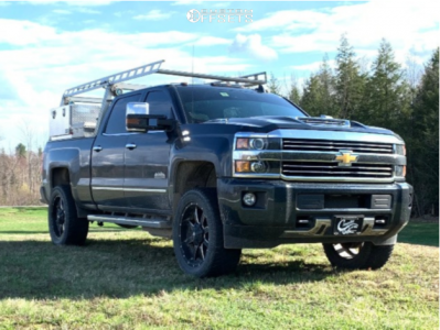 "2017 Chevrolet Silverado 2500 HD - 22x9.5 25mm - Fuel Maverick - Leveling Kit - 35"" x 12.5"""