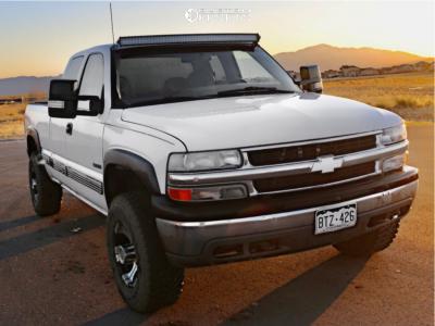 2000 Chevrolet Silverado 2500 - 16x6.5 -0mm - Dick Cepek Dc-2 - Leveling Kit - 265/75R16