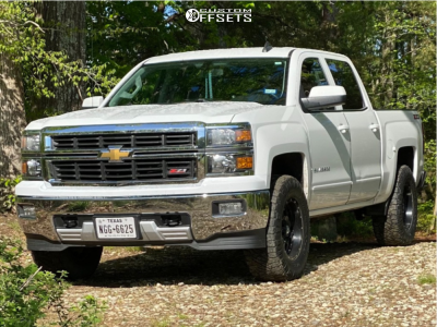 "2015 Chevrolet Silverado 1500 - 17x10 -24mm - XD Xd820 - Stock Suspension - 33"" x 12.5"""