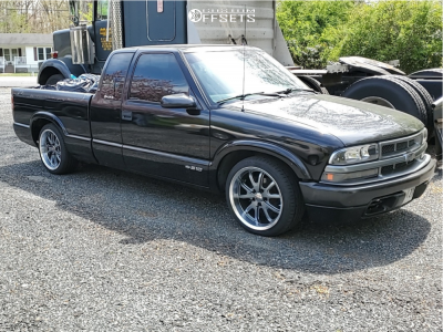 1999 Chevrolet S10 - 18x8 0mm - Legend Series Vision 143 - Lowered 3F / 5R - 225/40R18