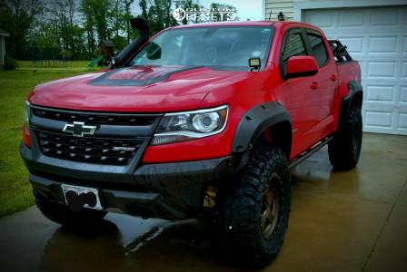 "2018 Chevrolet Colorado - 18x9 12.7mm - Raceline Boost - Leveling Kit - 35"" x 12.5"""