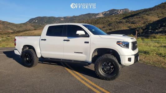 "2020 Toyota Tundra - 18x8 25mm - Method Mr701 - Suspension Lift 4"" - 305/70R18"