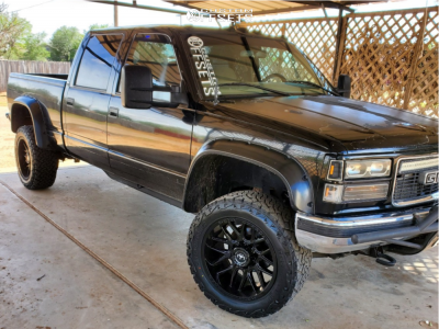 "2000 GMC Sierra 2500 - 20x10 -24mm - Motiv Offroad Magnus - Body Lift 3"" - 33"" x 12.5"""