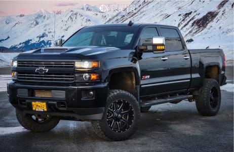 """2018 Chevrolet Silverado 2500 HD - 20x10 -12mm - Fuel Maverick D538 - Suspension Lift 5"""" - 35"""" x 12.5"""""""