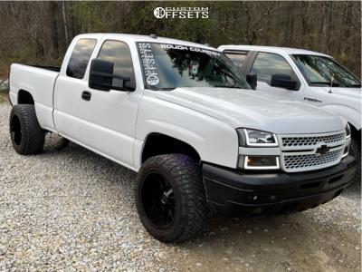 "2005 Chevrolet Silverado 1500 - 20x12 -44mm - Hardrock Affliction - Suspension Lift 2.5"" - 33"" x 12.5"""