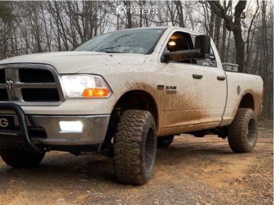 "2009 Dodge Ram 1500 - 20x12 -44mm - Hardrock H104 - Suspension Lift 6"" - 35"" x 12.5"""