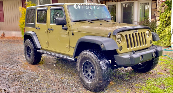 "2013 Jeep Wrangler - 17x9.5 0mm - MB 352 - Leveling Kit - 33"" x 11.5"""