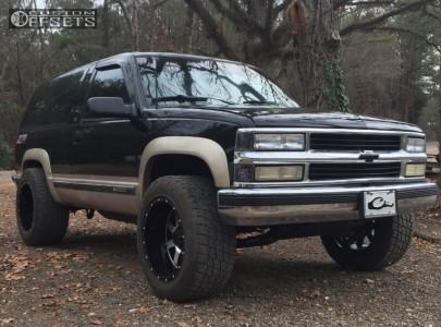 1993 Chevrolet Blazer - 20x12 -44mm - Gear Off-Road Big Block - Stock Suspension - 305/55R20