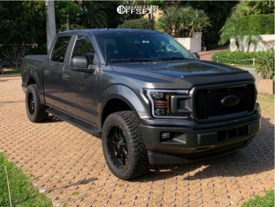 2019 Ford F-150 - 20x9 0mm - Moto Metal Mo970 - Leveling Kit - 295/55R20