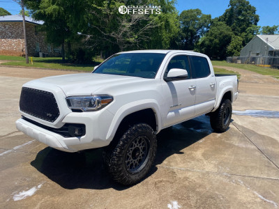 "2017 Toyota Tacoma - 18x9 -12mm - Vision Rocker - Suspension Lift 3"" - 32"" x 11.5"""