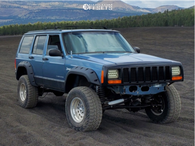 "1998 Jeep Cherokee - 16x9 0mm - Eagle Alloy Series 101 - Suspension Lift 3.5"" - 31"" x 10.5"""