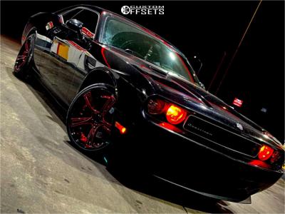 2010 Dodge Challenger - 20x9.5 15mm - Marquee Luxury M3247 - Stock Suspension - 245/35R20