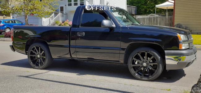 2005 Chevrolet Silverado 1500 - 22x9 30mm - Pinnacle Legacy - Leveling Kit - 265/40R22