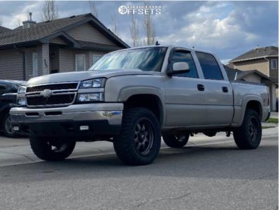 "2006 Chevrolet Silverado 1500 - 20x9 1mm - Fuel Trophy - Leveling Kit - 33"" x 12.5"""