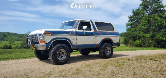 """1979 Ford Bronco - 15x10 -50mm - US Mags Indy - Suspension Lift 2.5"""" - 33"""" x 12.5"""""""