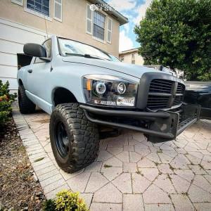 "2006 Dodge Ram 1500 - 17x9 -12mm - Method Mr701 - Suspension Lift 4"" - 285/70R17"