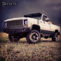 "1976 Chevrolet K20 - 17x9 12mm - Devino 349 - Body Lift 3"" - 285/70R17"