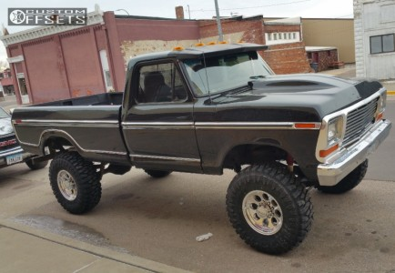 """1978 Ford F-250 - 17x9 0mm - Alloy Ion Style 171 - Suspension Lift 8"""" - 37"""" x 12.5"""""""