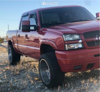 """2003 Chevrolet Silverado 2500 HD - 22x12 -44mm - Gear Off-Road 726c - Stock Suspension - 33"""" x 12.5"""""""