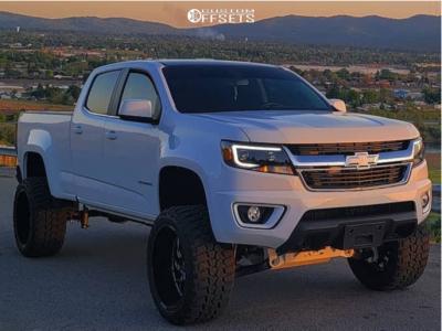 "2019 Chevrolet Colorado - 22x12 -44mm - RBP 80r - Suspension Lift 6"" - 33"" x 12.5"""