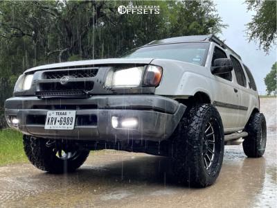 "2000 Nissan Xterra - 20x10 -22mm - Extreme Offset XF Twist - Stock Suspension - 31"" x 10.5"""