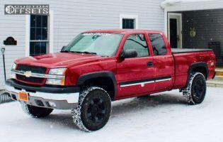 2004 Chevrolet Silverado 1500 - 18x9 0mm - XD Rockstar II - Leveling Kit - 275/75R18