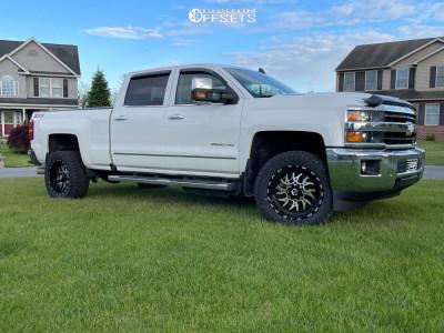 "2019 Chevrolet Silverado 2500 HD - 20x10 -24mm - TIS 544mb - Stock Suspension - 33"" x 9.5"""
