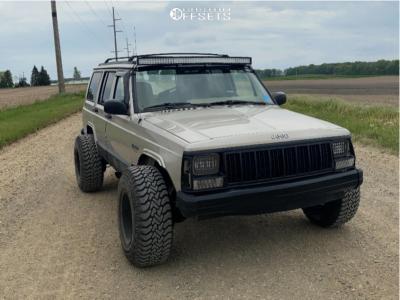 "1995 Jeep Cherokee - 15x10 -39mm - Bassett Racing - Stock Suspension - 31"" x 10.5"""