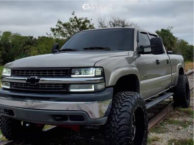 "2002 Chevrolet Silverado 1500 HD - 20x12 44mm - Moto Metal 962 - Suspension Lift 4.5"" - 35"" x 12.5"""