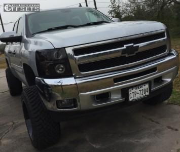 "2012 Chevrolet Silverado 1500 - 20x12 -44mm - Moto Metal MO970 - Suspension Lift 6"" - 33"" x 12.5"""