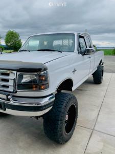 """1997 Ford F-350 - 20x12 -40mm - Fuel Maverick D536 - Suspension Lift 6"""" - 35"""" x 12.5"""""""