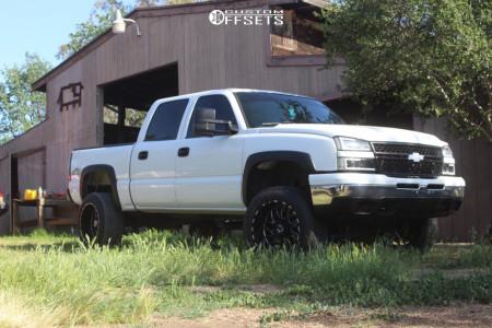 "2007 Chevrolet Silverado 1500 Classic - 20x12 -44mm - TIS 544 - Suspension Lift 4"" - 305/65R20"