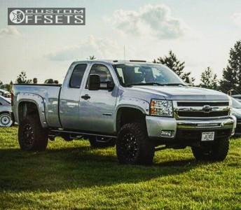 """2010 Chevrolet Silverado 1500 - 18x9 -12mm - Fuel Krank - Suspension Lift 6"""" - 35"""" x 12.5"""""""