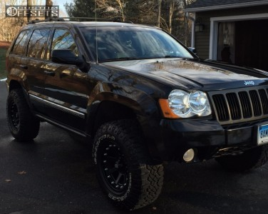 "2008 Jeep Grand Cherokee - 17x9 -12mm - XD Addict - Suspension Lift 3.5"" - 285/70R17"