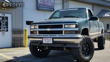 "1997 Chevrolet K1500 - 20x9 -12mm - Fuel Boost - Suspension Lift 6"" - 35"" x 12.5"""