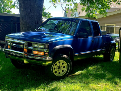 "1997 Chevrolet K1500 - 17x9 0mm - Pro Comp Series 69 - Leveling Kit - 32"" x 10.5"""