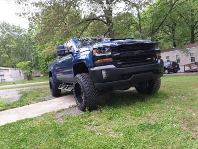 """2016 Chevrolet 1500 - 20x12 -44mm - Fuel Titan - Suspension Lift 7"""" - 35"""" x 12.5"""""""
